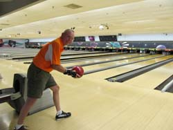 Just 35 days after having a knee replacement at Parkwest Medical Center, retired Air Force Lt. Col. Ken Jones was able to bowl competitively.